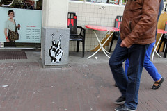 Peace Sign - Amsterdam (A1one A.k.a Tanha) Tags: streetart holland amsterdam stencil peace victory netherland peacesign victorysign a1one kolahstudio