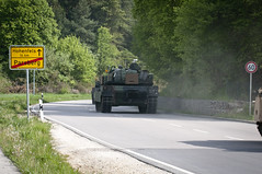 EAS:Offload at Parsbergs (7th Army Training Command) Tags: germany bavaria armor nato usarmy usarmyeurope usareur 1stcavalrydivision jmrc useuropeancommand 25cav m1a2abramstank jmtc 11cav jointmultinationalreadinesscenter 7tharmyjointmultinationaltrainingcommand ironhorsebrigade regionallyalignedforce europeanrotationalforce europeanactivityset combinedresolveii
