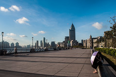 Early morning at The Bund   (David Baggins) Tags: shanghai earlymorning   thebund waitan