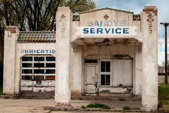 sandy's service (Sam Scholes) Tags: old building abandoned digital nikon colorado garage urbandecay urbanexploration servicestation urbex d300 walsenburg sandysservice