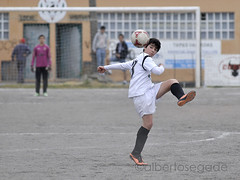 DORN-TIRS 019 1200 (Alberto Segade) Tags: sports football nikon soccer infantil nikkor ftbol oleiros codesal d300 dorneda nikkorzoomlens nikond300 nikon80200afs