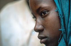 Mali : Gossi #7 (foto_morgana) Tags: africa portrait people character afrika mali portret nikoncoolscan analogphotography afrique persoonlijkheid karakter analogefotografie vuescan nomodelrelease caractère photographieanalogue editorialonly