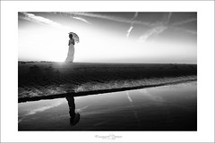 sweet dream (Emmanuel DEPARIS) Tags: portrait france girl mariage plage emmanuel weeding deparis modle