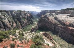 Observation Point - Zion National Park, Utah (helikesto-rec) Tags: utah canyon zion zionnationalpark observationpoint zioncanyon