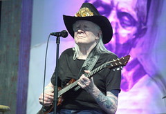 Johnny Winter (2014) 02 (KM's Live Music shots) Tags: texas unitedstates guitar blues electricguitar johnnywinter bluestent neworleansjazzheritagefestival fairgroundsracecourseneworleans