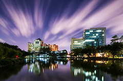 國立臺灣大學 - National Taiwan University (urbaguilera) Tags: city summer sky moon lake motion color building clouds reflections campus point movement nikon asia daniel perspective taiwan science tokina drunken taipei vanishing 夜景 department 建築 aguilera 天空 設計 漂亮 倒影 燈光 臺北 國家 d5000 1116mm 之美 消失點 天文數學館 urbaguilera 臺灣大學醉月湖 蕓 物理學系和凝態科學研究中心