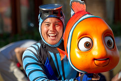 Pixar Play Parade (heytherejere) Tags: divers nemo dancers disneyland disney findingnemo disneycaliforniaadventure disneycastmembers disneyparks pixarplayparade