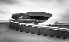 THE CURVES OF LIFE (Rober1000x) Tags: