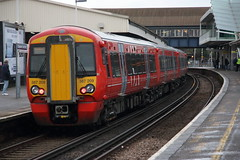387209 (Rob390029) Tags: southern class electrostar emu electric multiple unit train track tracks rail rails travel travelling transport transportation transit public clapham junction railway station london green clj 387 gatwick express