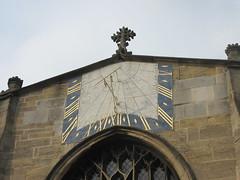 Church of St Peter Mancroft, Chantry Rd, Norwich (LookaroundAnne) Tags: gwuk church sundial norwich norfolk shadow