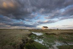 White hut (Dave Watts Photography) Tags: wwwdavewattsphotographycom dave watts lion creek essex southend sea landscape seascape mud silt shore sky cloud lowtide lastlight