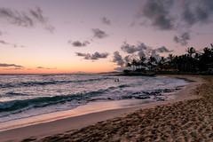 Poipu Beach (larriedon) Tags: sunset beach hawaii poipubeach kauai seascape poipu fujifilm fujixseries fuji fujifilmxpro2 xf16mm
