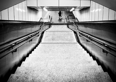 Underground (CoolMcFlash) Tags: streetphotography subway station underground person bnw blackandwhite blackwhite vienna austria bw sw fujifilm x30 stairs symmetry architecture symmetrie symmetrisch ubahn schwarzweis wien stufen treppen architektur fotografie photography city stadt citylife vignette