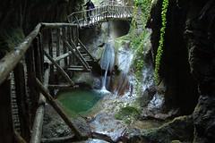 Grotte del caglieron Treviso. (roberta.marcon) Tags: nikonphotography nikon fotografia natura trevisotoday latribunaditreviso fiumi acqua prealpivenete grotte grottedelcaglieron