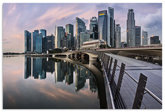 Jubilee Bridge (.Wadders) Tags: jubileebridge marinabay singapore water sunrise 2017 d600 ngc nikonfxshowcase nikkor1635mmf4 cityscape reflection