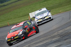 Courses de Pques 2014 Nogaro (Jrme_M) Tags: car race canon eos clio voiture course renault coche circuit gers nogaro 600d paularmagnac