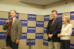 """Howard Dean Rally • <a style=""""font-size:0.8em;"""" href=""""http://www.flickr.com/photos/117301827@N08/14046843380/"""" target=""""_blank"""">View on Flickr</a>"""