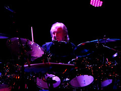 Alan White (mothclark62) Tags: world show new uk white playing rock alan one for allan three al europe european tour allen close theatre britain live album yes stage united gig great group band first kingdom going albums edge oxford tuesday april 70s 29 date seventies triple wight the alun 2014