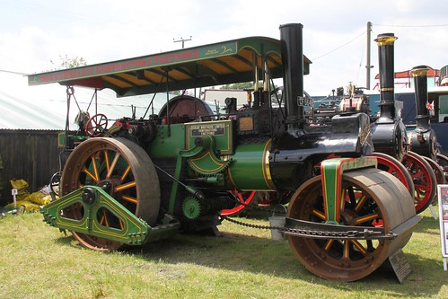 old light cars car electric canon vintage fun amusement model ride time farm military roundabout traction arcade motorcycles fair steam machinery vehicles commercial engines displays childrens motor yachts tractors heavy dodgems stationary savage woolpit 50d ploughs wetherden