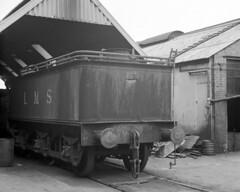 LMS Tender at Lancing Works Open Day, 21 Aug 1963 (Ian D Nolan) Tags: film sr tender lms agfaisoletteiii servicestock epsonperfectionv750scanner lancingworks lancing63