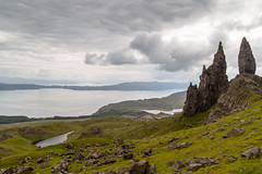 Needle rock (Rudlin) Tags: old uk man rock canon landscape scotland spring day isleofskye cloudy unitedkingdom overcast needle portree 6d 24105 storr