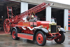 Dundalk Fire Brigade 1932 Albion SPLE27 Merryweather Pump Escape IY2673 (Shane Casey CK25) Tags: red truck vintage fire escape bell engine pump lorry restored fireengine preserved emergency albion brigade firebrigade dundalk merryweather iy2673 sple27