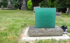lake view (seattle, wa) (DeadManTalking) Tags: seattle cemetery washington kingcounty lakeviewcemetery deadmantalking garygreaves