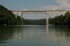 Eisenbahnbviadukt Eglisau ( Viadukt - Brcke - Bridge - Pont - Eisenbahnbrcke - Rheinbrcke => Baujahr 1897 => Hhe ber Wasser 50m => Lnge 457m ) ber den Rhein ( Hochrhein - Fluss - River ) unterhalb Eglisau im Kanton Zrich in der Schweiz (chrchr_75) Tags: chriguhurnibluemailch christoph hurni chrchr chrchr75 chrigu chriguhurni 1406 juni 2014 hurni140625 schweiz suisse switzerland svizzera suissa swiss bahnen schweizer eisenbahn train treno zug juni2014 rhein rhin reno rijn rhenus rhine rin strom europa albumrhein fluss river joki rivire fiume  rivier rzeka rio flod ro albumbahnenderschweiz juna zoug trainen tog tren  lokomotive  locomotora lok lokomotiv locomotief locomotiva locomotive railway rautatie chemin de fer ferrovia  spoorweg  centralstation ferroviaria