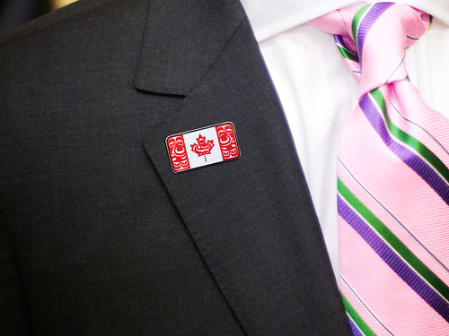 Canadian Native Flag Lapel Pin