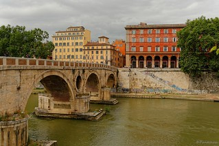 Rome : Ponte Sisto / former Roman Pons Aurelius