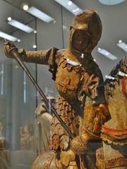 ca. 1410-1420 - 'St. George', Mosan, Germanisches Nationalmuseum, Nrnberg, Bayern, Germany (roelipilami) Tags: saint st george san arte sint jorge maas jordi armour georges joris visor jrgen  meuse sankt 1420 heiliger jerzy georg armadura armure rstung breastplate juris maasland harnas bevor 1410 vizier lamellar visier yorgi wity jri borstplaat pha fauld visire mosan kinplaat kriss kastenbrust hounskull plattenpanzer   mosano svtais halsberg barbozza bruststck  heilage  halsberge bauchreifen