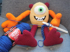 Carole Fedro (The Crochet Crowd®) Tags: mike monster toy mikey cal amigurumi redheart monstersinc crochetalong crochetpattern staceytrock freecrochetpattern thecrochetcrowd michaelsellick mysterycrochetchallenge whosinyourcloset monstersinccrochetpattern monstersuniversitycrochetpattern