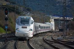 130 (firedmanager) Tags: renfe renfeoperadora railtransport ferrocarril tren train trena talgo bombardier alvia altavelocidad