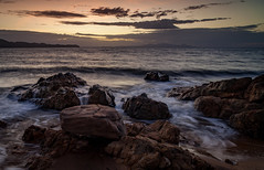 Rolling wave (lynamPics) Tags: australia landscape queensland leefilters ocean pallarenda rocks sunrise townsville zeiss