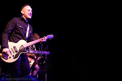 IMG_2269 (redrospective) Tags: 2017 20170316 davehause london march2017 thegarage audience concert concertphotography crowd electricguitar fans gig guitar guitarist instruments live man microphone music musicphotography musicians people singer singing smiling spotlights