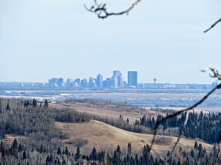 Brown-Lowery Provincial Park - Extreme zoom view of downtown from park
