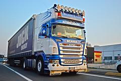 Scania r560 v8 Scanditrans (Samuele Trevisanello) Tags: scania scaniar scaniapower scaniavabis scaniaholland scaniatrucks scaniav8 scaniaitalia scaniatruck v8power r500 italy goinstyle truck trucks truckspotting truckspotter fotobyst picoftheday allaperto transport holland hollanditaly hollanditalie hollandstyle blu grey hollandtruck hollandtrucks v8 r09 veicolo scandella scanditrans trasporti bergamo italia camion