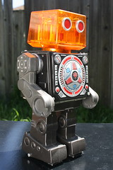 Vintage Piston Robot Made By Horikawa (Donald Deveau) Tags: piston robot sciencefiction toys vintagetoy horikawa japanesetoy batteryoperated