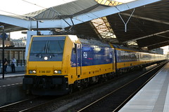 Tilburg (Pieter dB2 (on / off)) Tags: traxx tilburg intercity ic ns nederlandsespoorwegen trein treinen e186