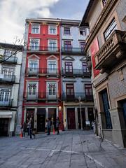 Porto - Portugal (Francisco (PortoPortugal)) Tags: 0942017 20170223fpbo5014 largodesdomingos centrohistórico historicalcentre unescoworldheritagesite porto portugal urbanscapes portografiaassociaçãofotográficadoporto franciscooliveira