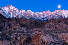 Sierra Moon Shine (jthight) Tags: ca sierra usa sunrise sierranevada alabamahills landform moon lonepine mountwhitney rocks nikond810 california lonepinepeak march fullmoon boulders sky dawn afzoom2470mmf28g landscape lightroom morning unitedstates us
