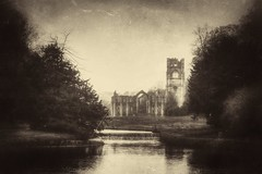 Fountains Abbey - Old picture look.