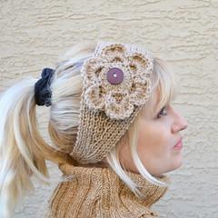 Handknit headband with a crochet flower (snakeandrose / socksandmittens) Tags: headband headwrap headpiece earwarmers knitheadband knittedheadband socksandmittens woolacrylicblendyarn