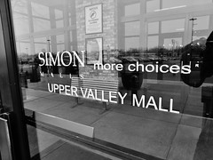 Choices? I only see one. (Nicholas Eckhart) Tags: door ohio usa simon retail america mall us entrance upper valley oh springfield exit stores simonmalls 2014 debartolo edwardjdebartolo uppervalleymall