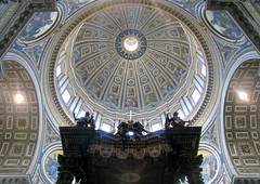 Bernini, Baldacchino view with dome above