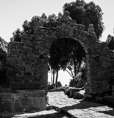 Portal Taquile (faltimiras) Tags: sun lake sol peru uros titicaca lago island floating bolivia copacabana titikaka taquile isla illa puno llac uro flotante flotant