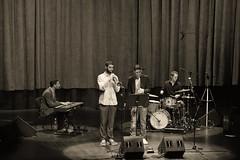 Cream Groove (Navard) Tags: barcelona music drums teclado bcn jazz bateria rhodes hammond saxophone saxo lauditori sigma70200 esmuc proyectofinal nikond700 marianosteimberg joséalbertomedina salvadorcabréphotography navardphotography claudiomarrero creamgroove sala2paucasals