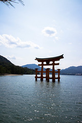 Itsukushima Shrine (Peter.Thurgood) Tags: japan shrine hiroshima miyajima torii itsukushima