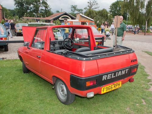 Dayon 1977 Dodge Maxi Van