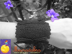Brazalete ancho en #macrame (Macradabra) Tags: black design negro bracelet hilos hechoamano macram brazaletes macradabra